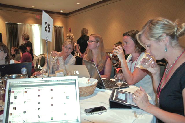 12 Tips To Blog A Conference The Fun And Accurate Way