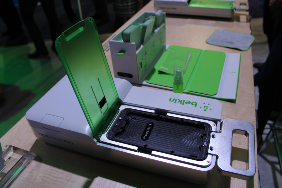 Hands-On With Belkin's Trueclear Pro Advanced Screen Care [CES 2015]