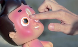 Sunburnt dolls encourage kids to put on sunscreen