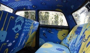 Mumbai taxis provide platform for young Indian designers