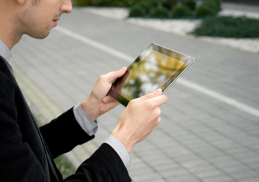 Designing Engaging Mobile Experiences: Which Approach Is Right For You?