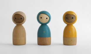 Smart wooden dolls let kids communicate from afar without screens